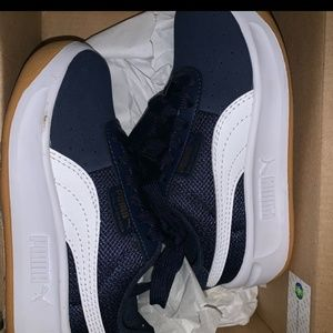 PUMA Navy Blue like new w/box
